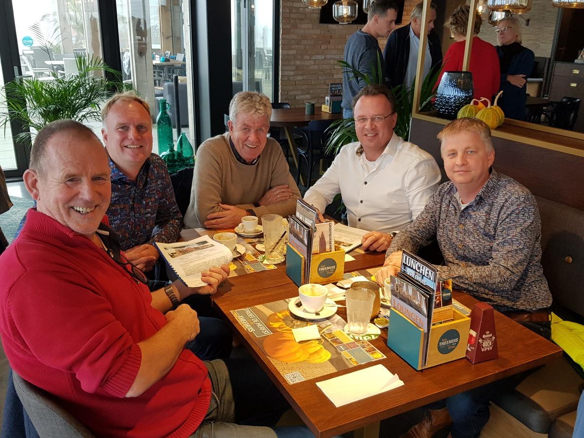 Ondertekening overeenkomst voor bouw 8 royale halfvrijstaande woningen in De Klamp te Leeuwarden
